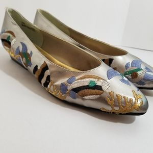 ANNIE Fish Embroidered Flats sz 10